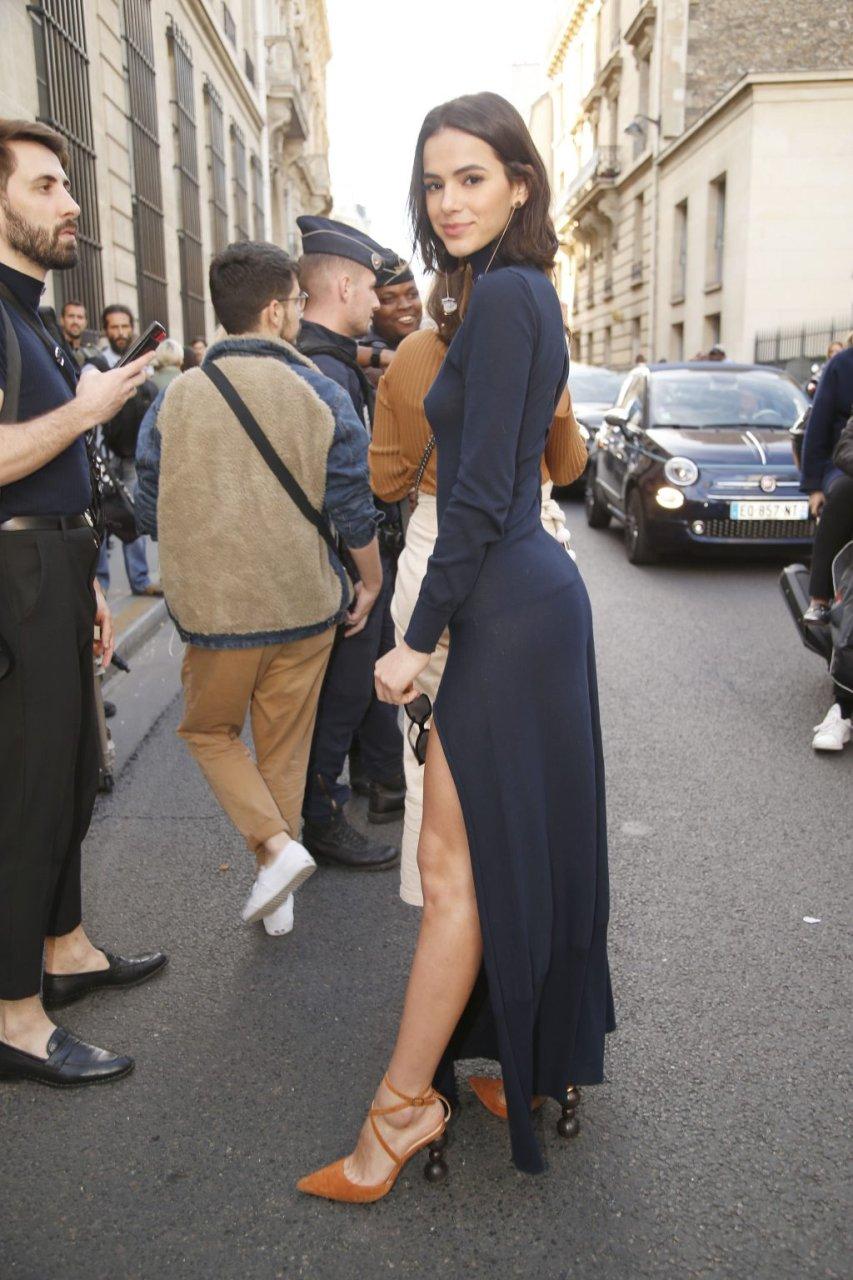 Bruna Marquezine See Through (29 Photos)