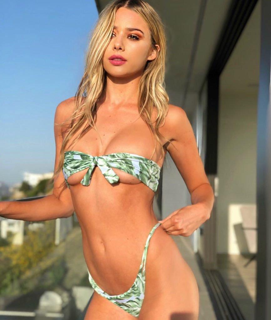 Celeste Bright Sexy (77 Photos)