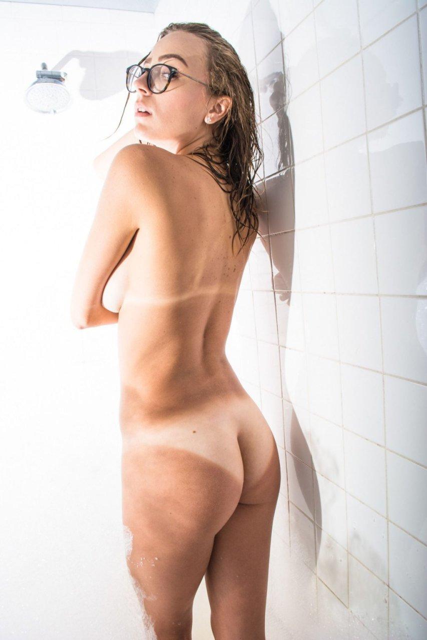 Topless Emily Wills nude (81 pics) Gallery, Instagram, legs