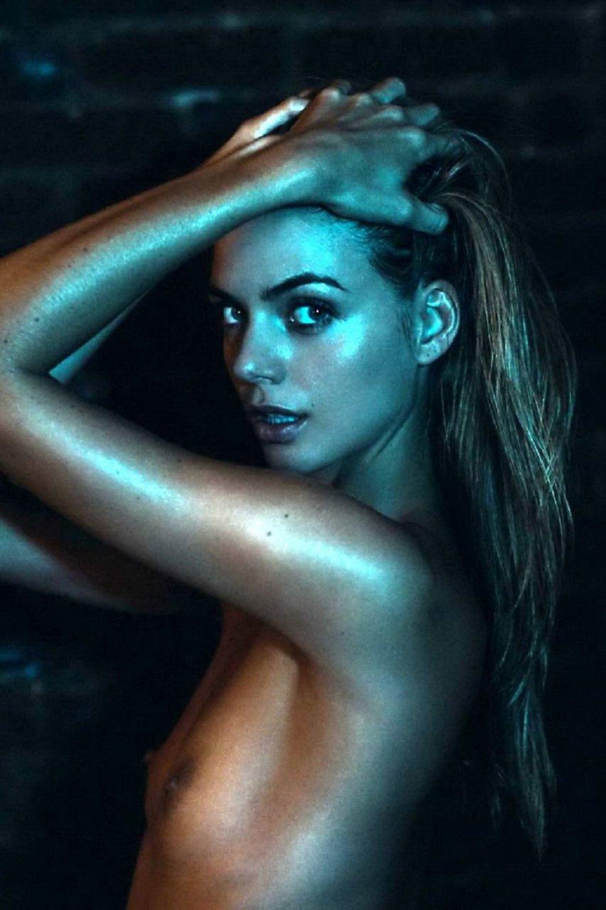 Heather Chantal Jones Nude (16 Photos)