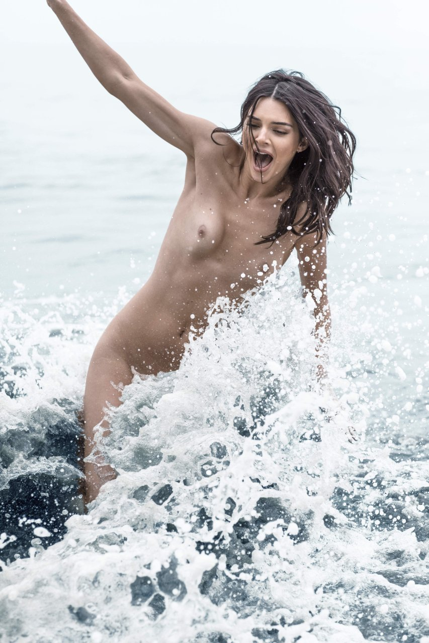 Kendall-Jenner-Nude-TheFappeningBlog.com-9.jpg