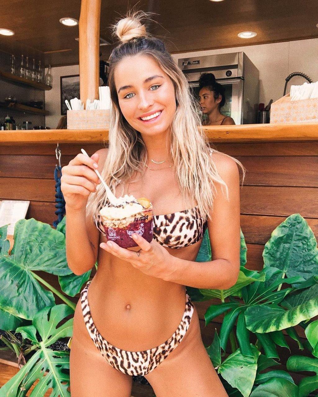 Madison Edwards Nude & Sexy (50 Photos)