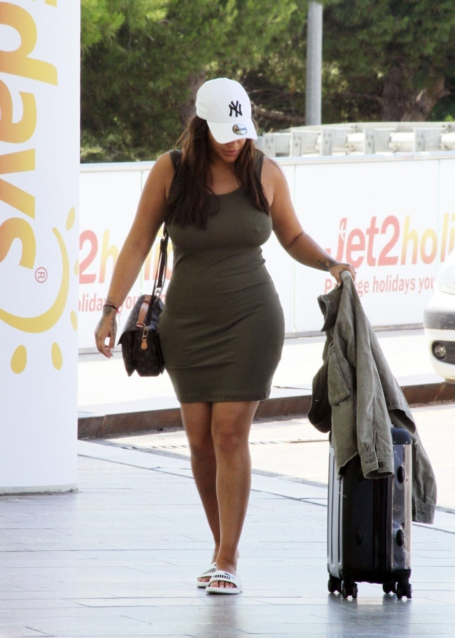 Malin Andersson pictured at Palma de Mallorca international airport in Spain, 12-09-2018