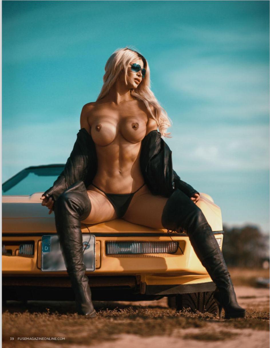 Micaela-Sch%C3%A4fer-Nude-TheFappeningBlog.com-3.jpg