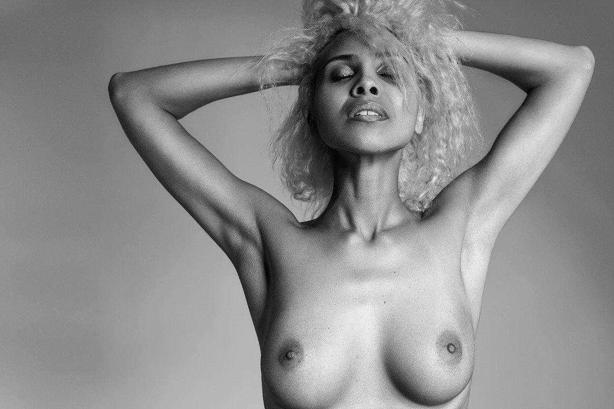 Sex Nakriko Akpamoli naked (81 foto and video), Tits, Paparazzi, Twitter, cleavage 2019