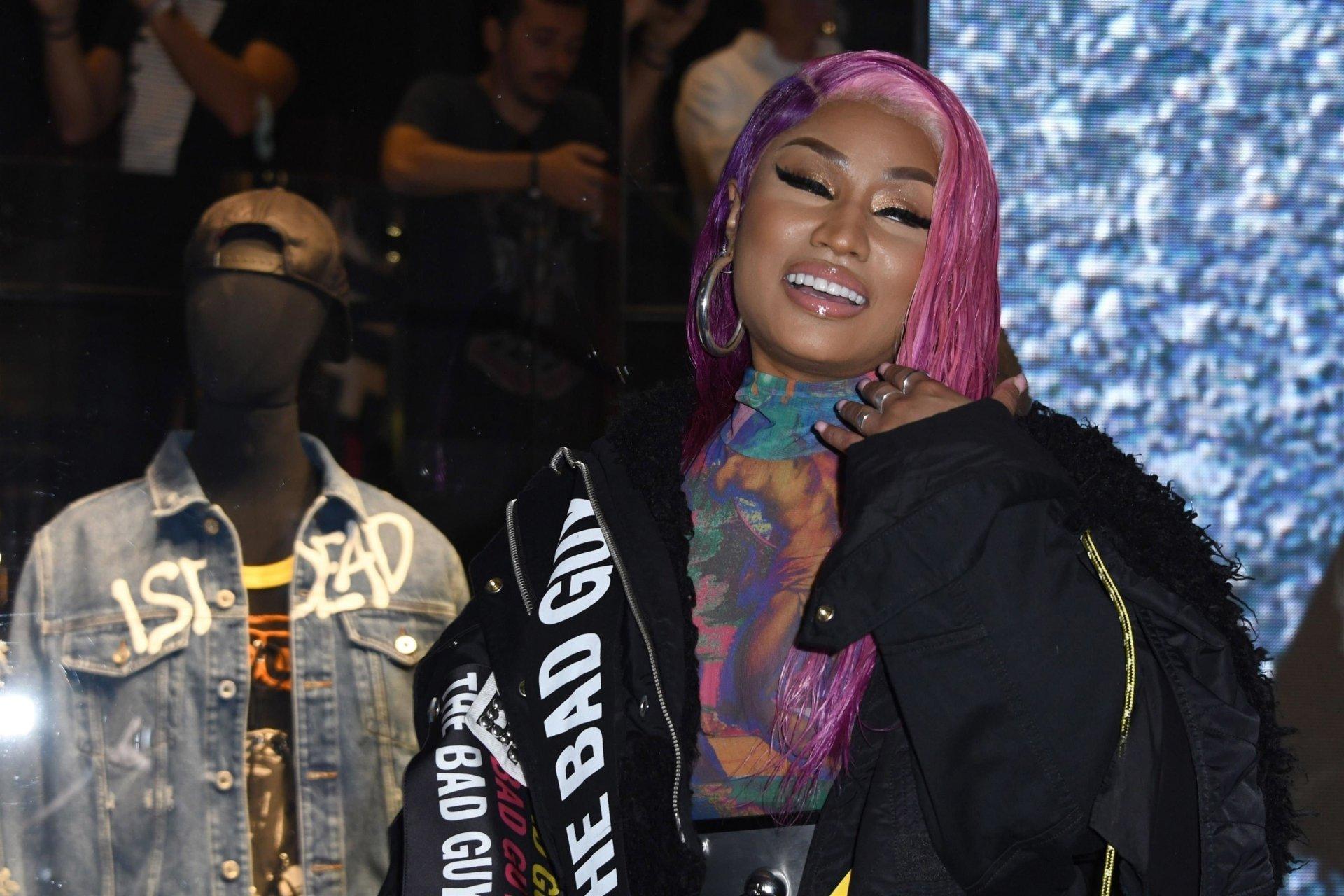 Nicki-Minaj-See-Through-TheFappeningBlog.com-10.jpg
