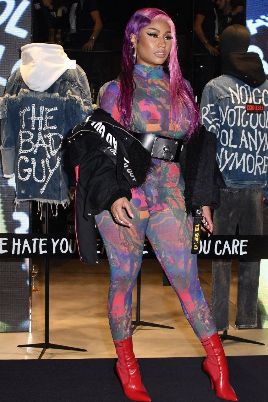 Nicki-Minaj-See-Through-TheFappeningBlog.com-12.jpg