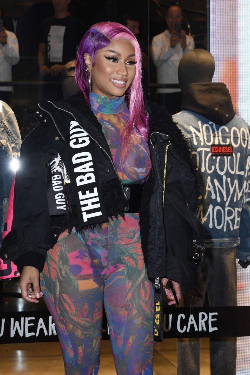 Nicki-Minaj-See-Through-TheFappeningBlog.com-15.jpg