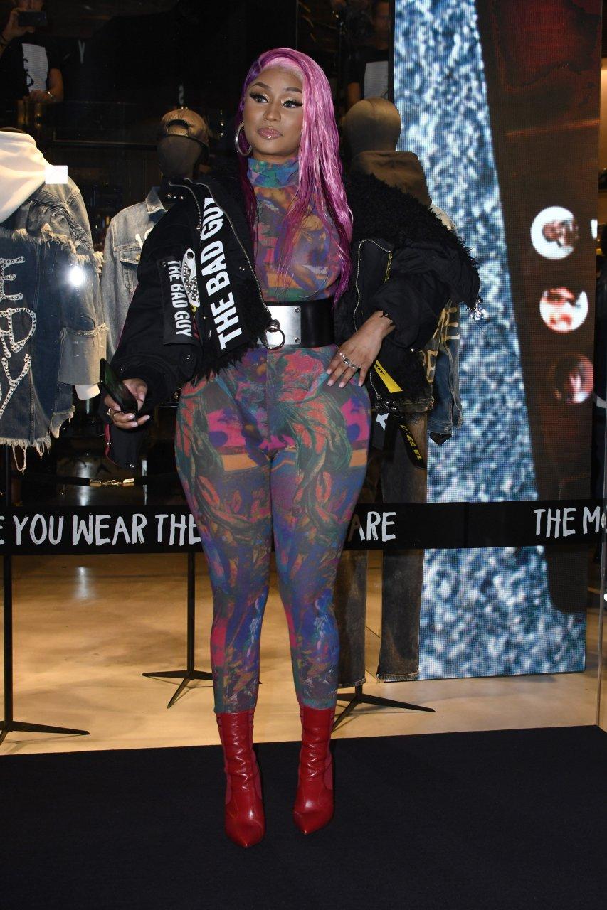 Nicki-Minaj-See-Through-TheFappeningBlog.com-17.jpg