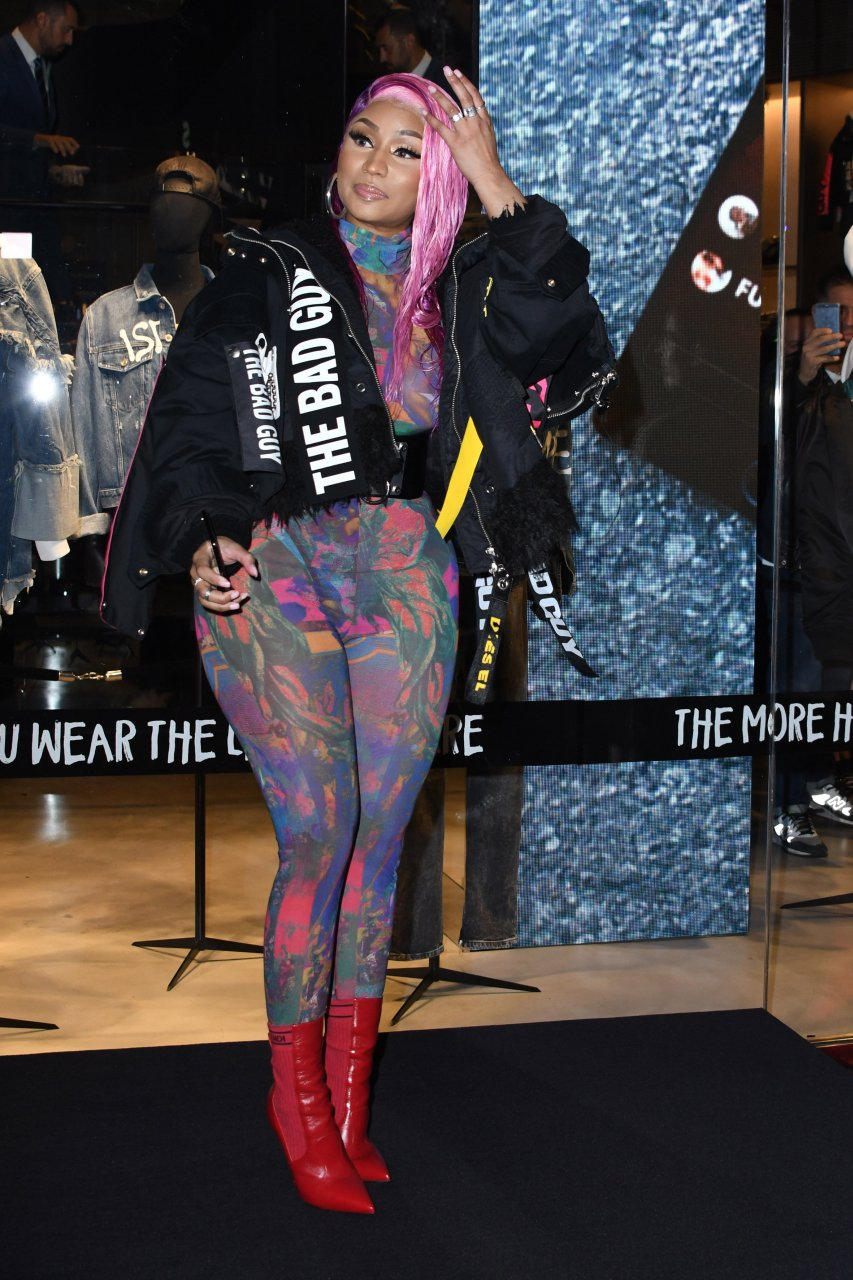 Nicki-Minaj-See-Through-TheFappeningBlog.com-19.jpg