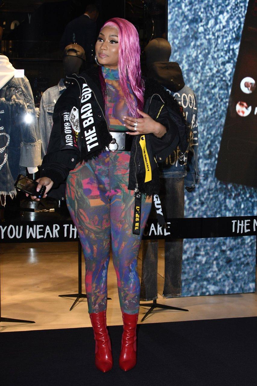 Nicki-Minaj-See-Through-TheFappeningBlog.com-20.jpg