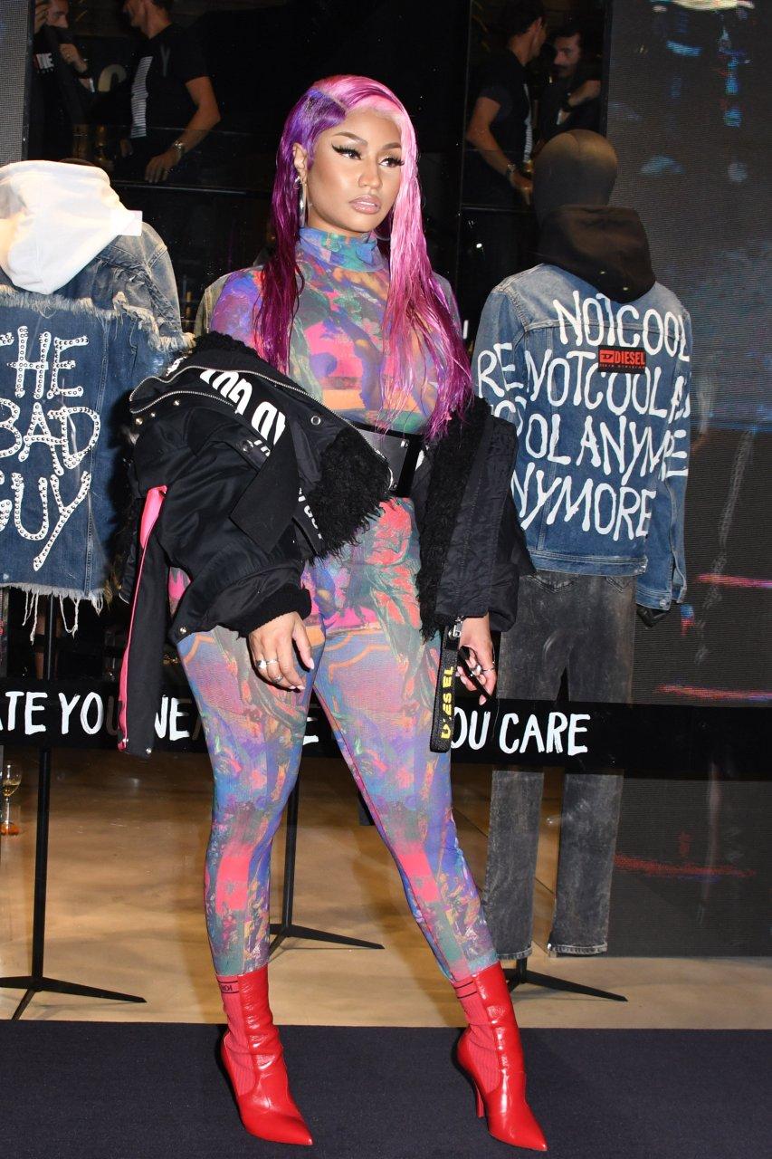 Nicki-Minaj-See-Through-TheFappeningBlog.com-23.jpg