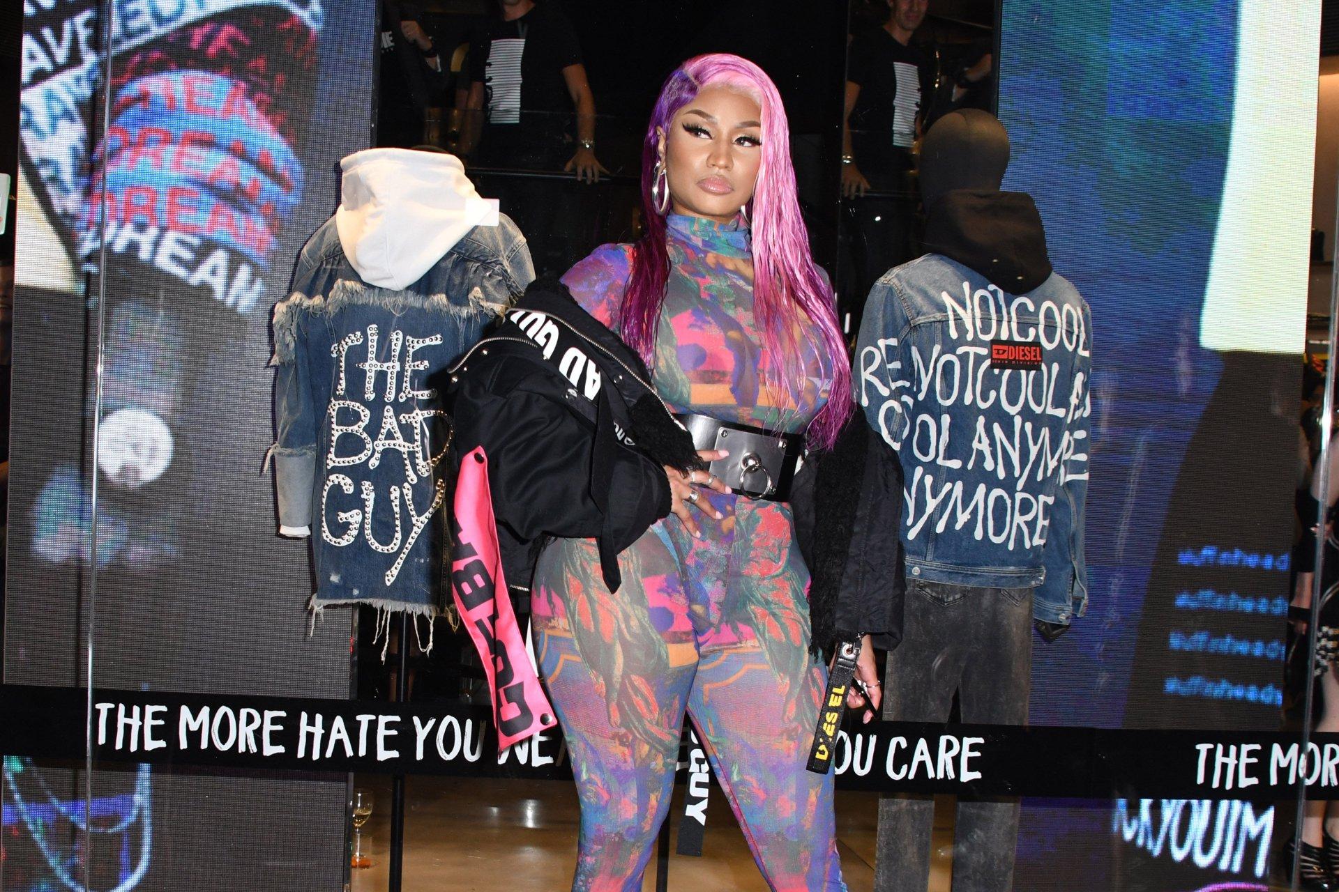 Nicki-Minaj-See-Through-TheFappeningBlog.com-24.jpg
