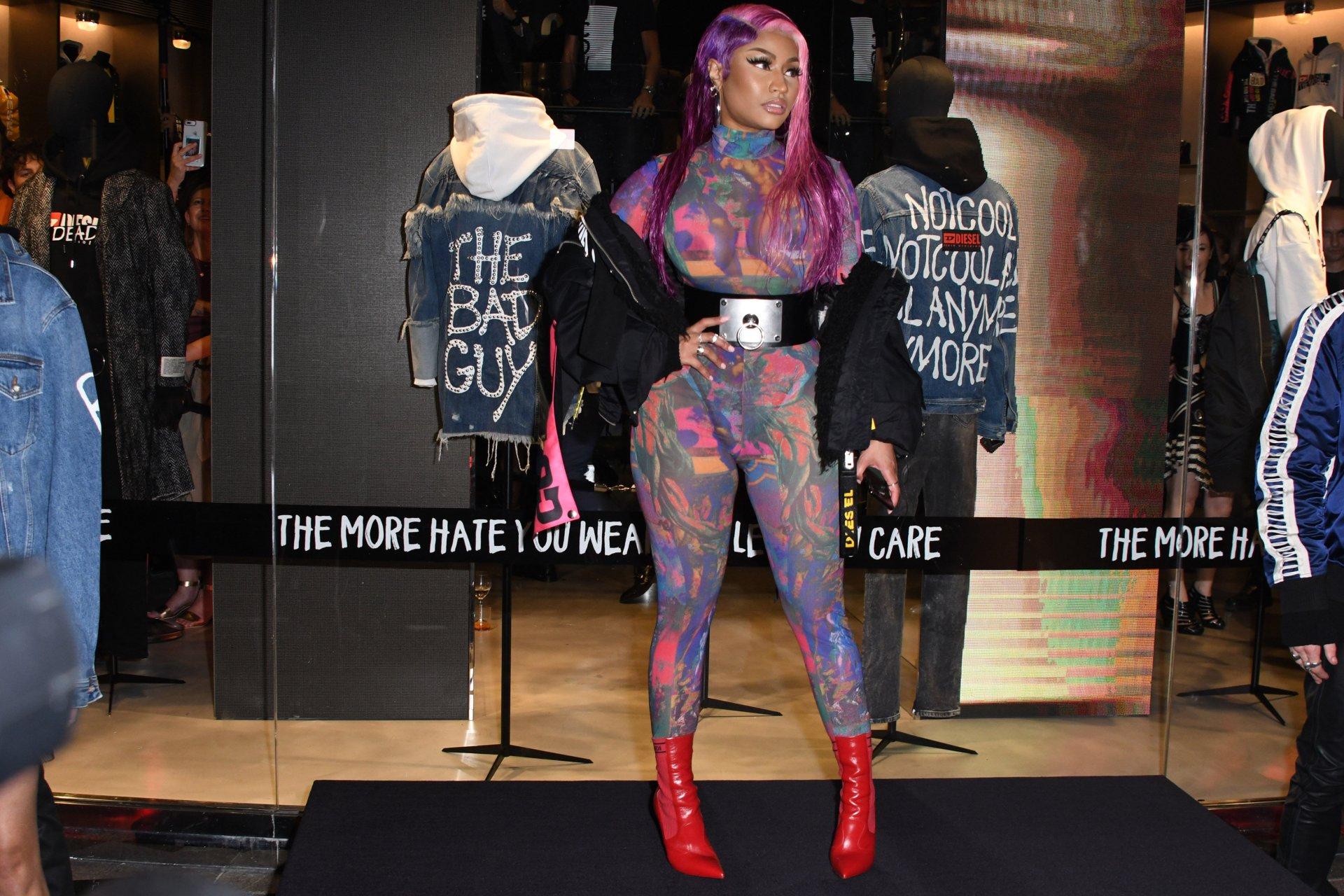 Nicki-Minaj-See-Through-TheFappeningBlog.com-26.jpg