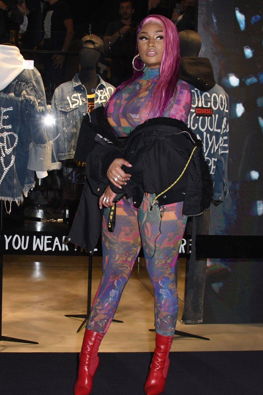 Nicki-Minaj-See-Through-TheFappeningBlog.com-29.jpg