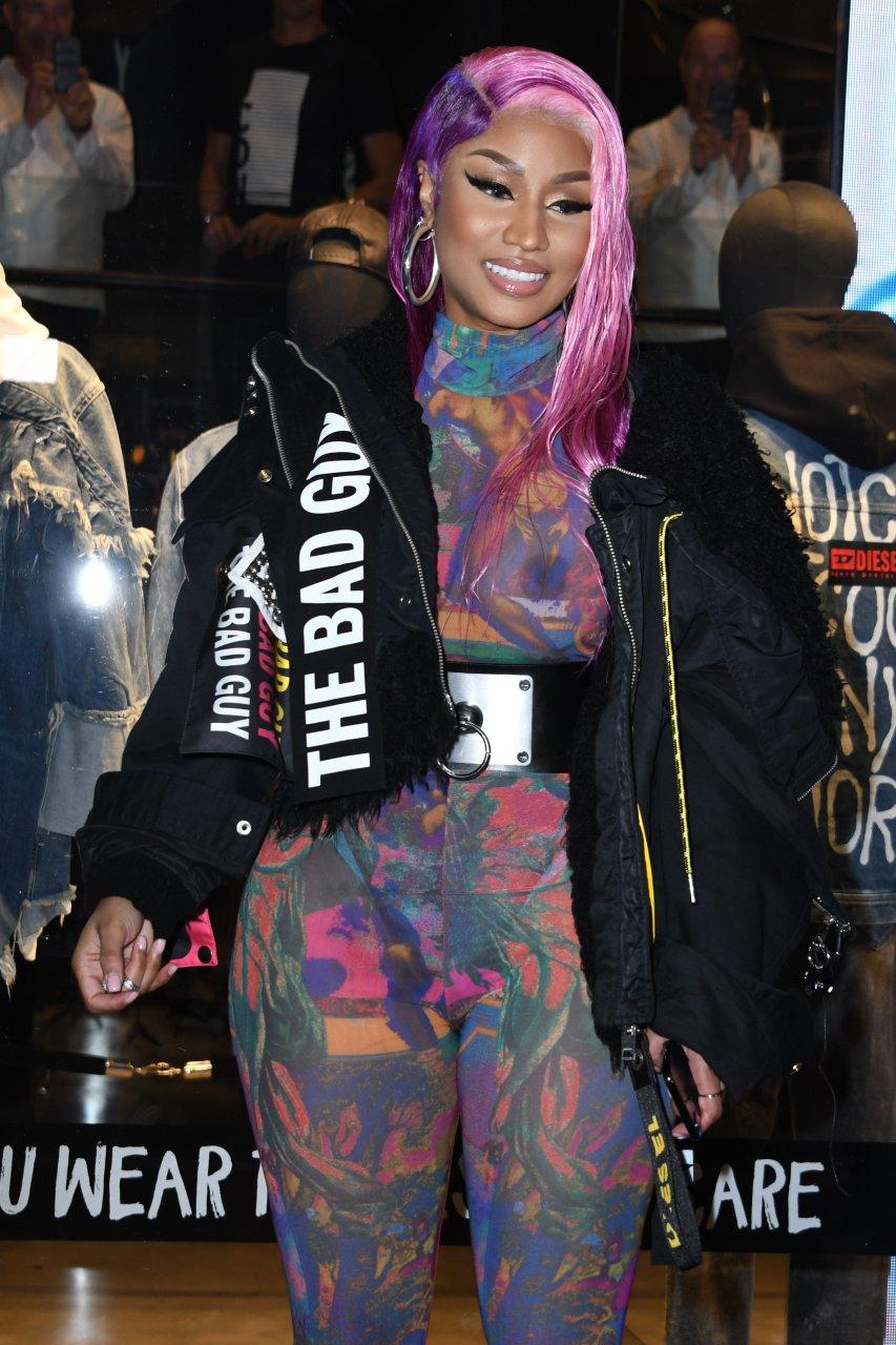 Nicki-Minaj-See-Through-TheFappeningBlog.com-33.jpg