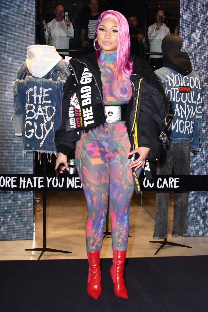 Nicki-Minaj-See-Through-TheFappeningBlog.com-4.jpg