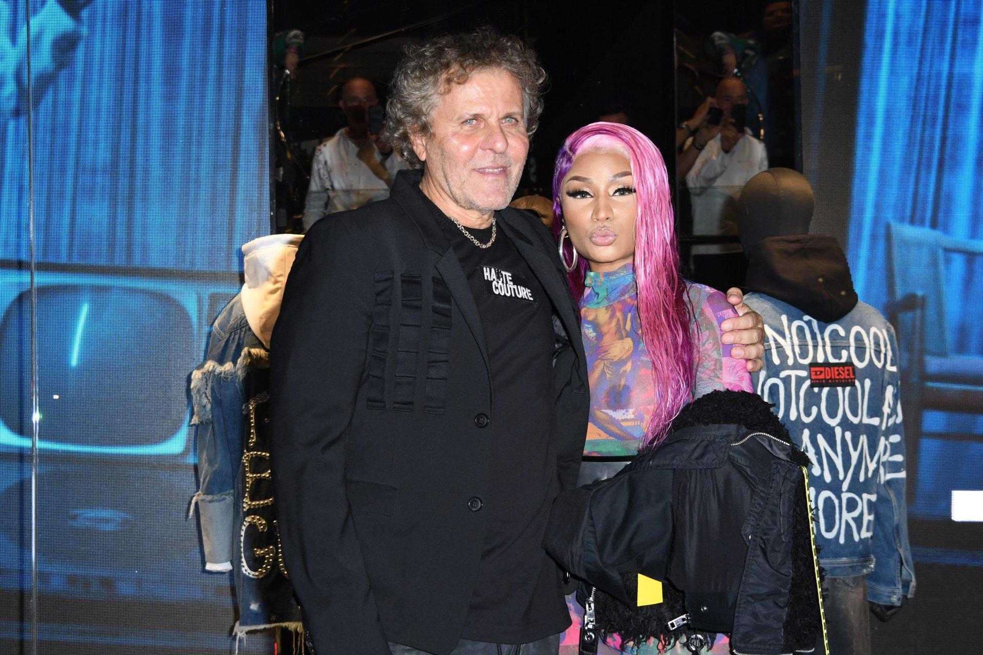 Nicki-Minaj-See-Through-TheFappeningBlog.com-41.jpg