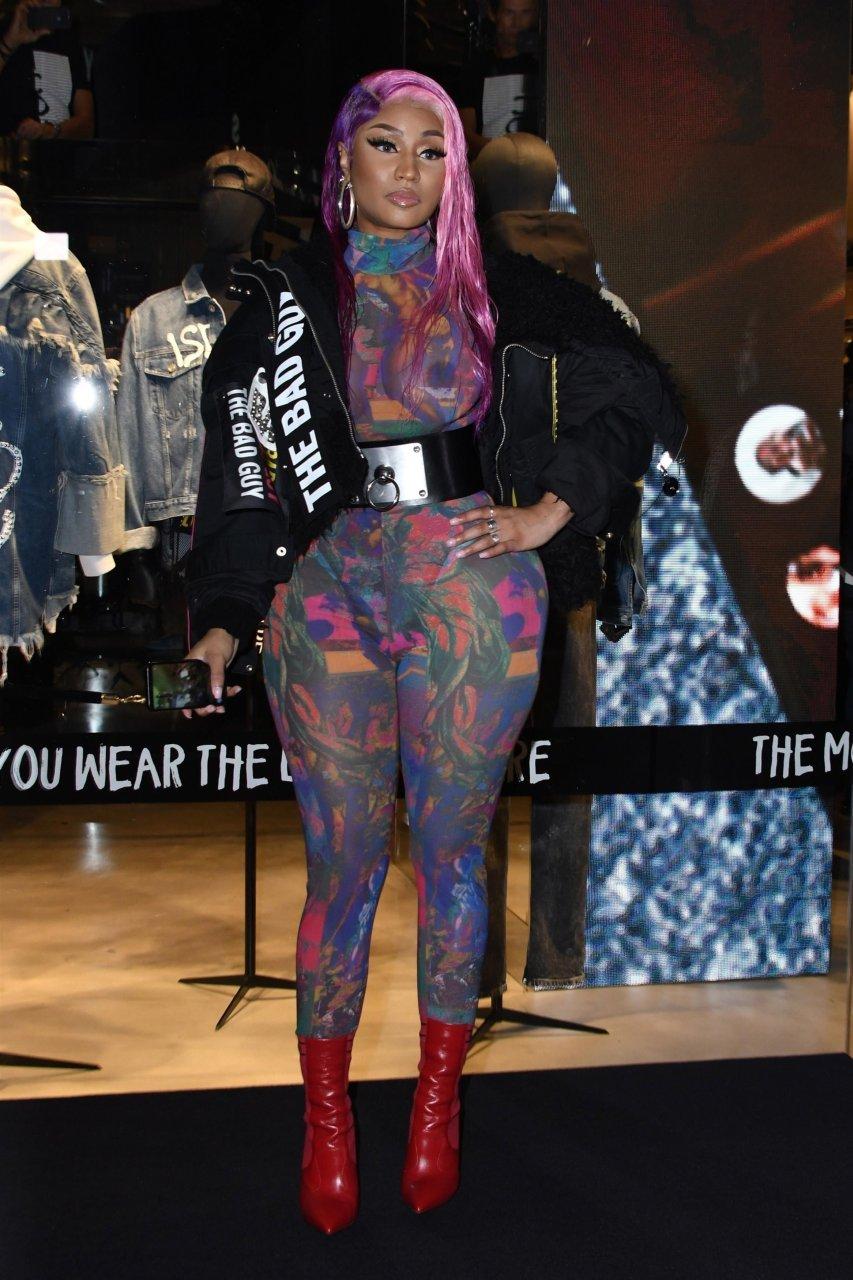 Nicki-Minaj-See-Through-TheFappeningBlog.com-6.jpg