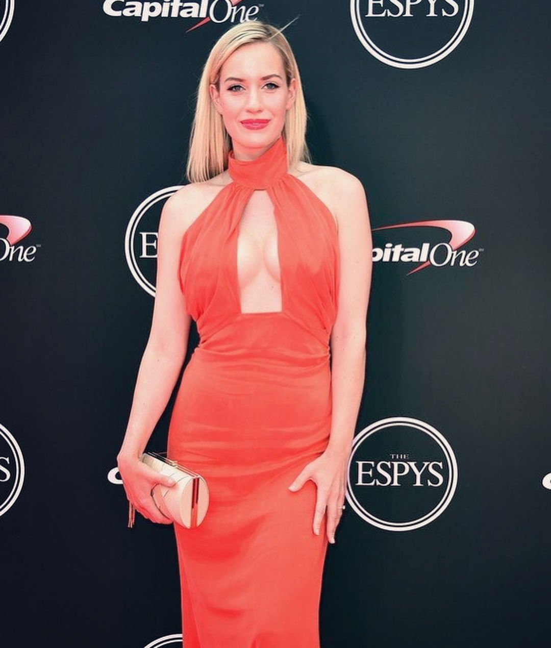 Paige Spiranac Sexy (30 Photos + Videos) | #TheFappening