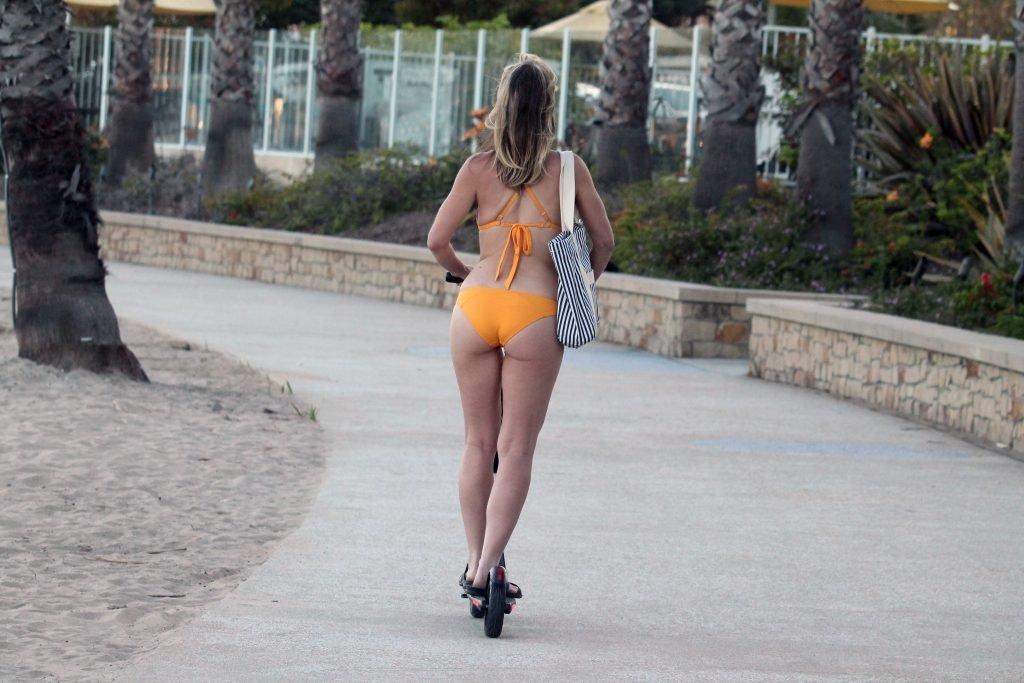 Rena Riffel Hot (35 Photos)