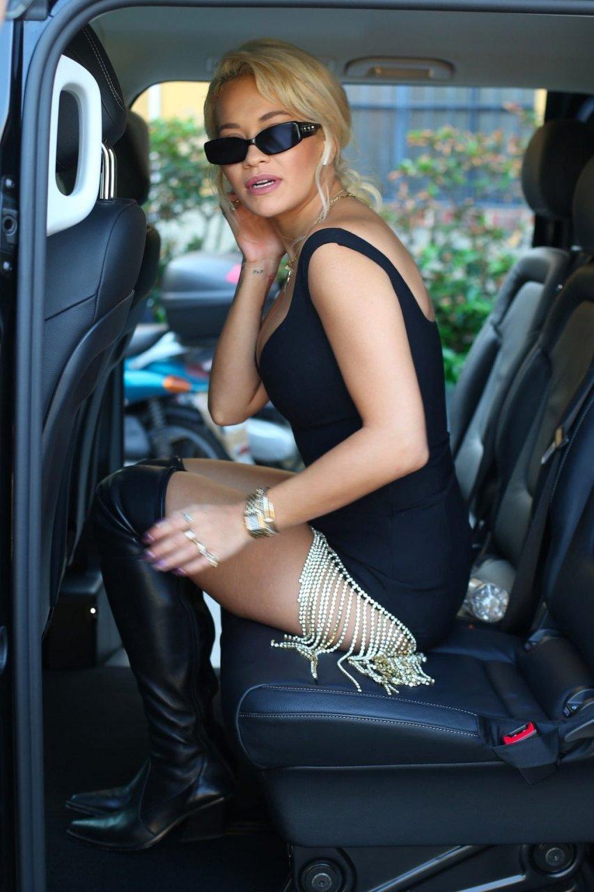 Rita Ora Upskirt (29 Photos)
