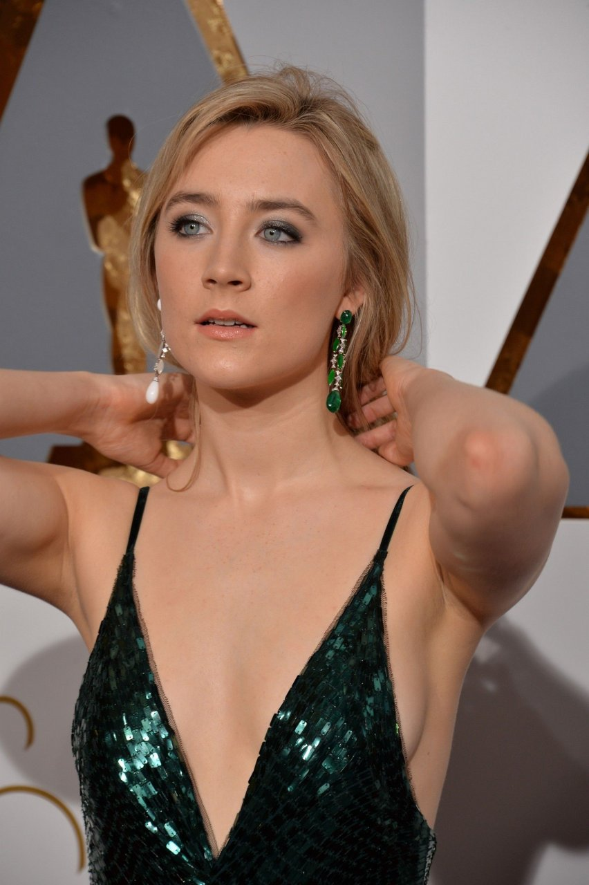Topless Saoirse Ronan nudes (31 foto and video), Tits, Bikini, Boobs, braless 2019