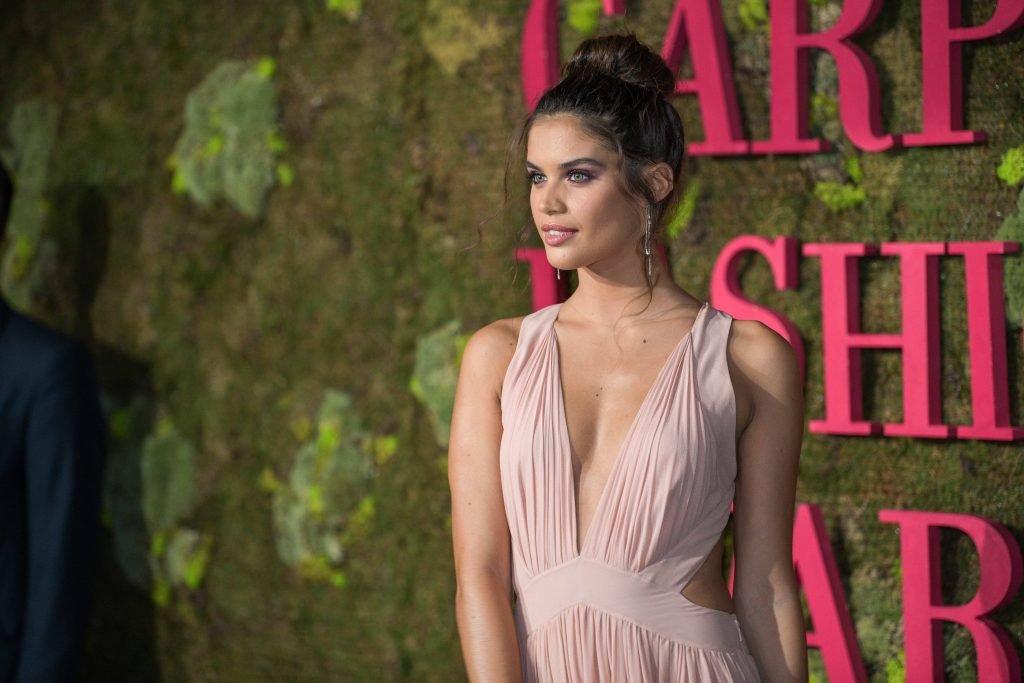 Sara Sampaio Sexy (50 Photos)