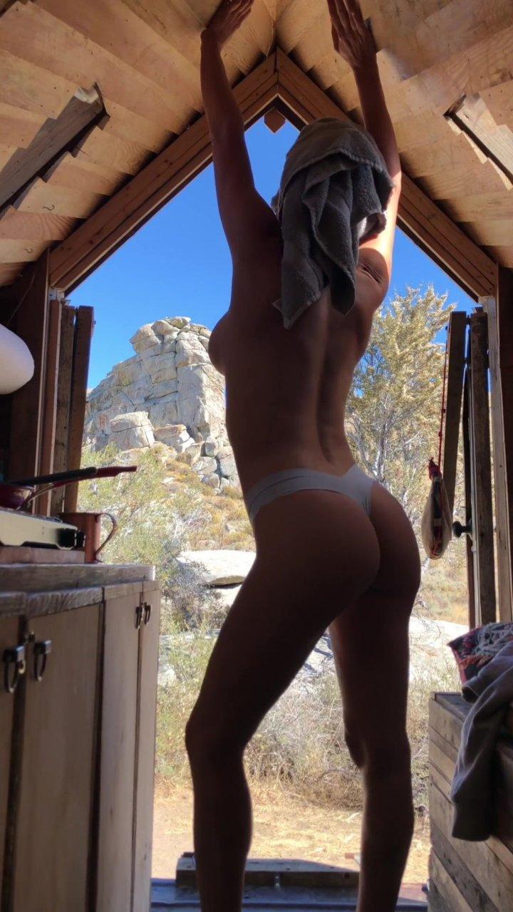 Sara Underwood Nude (100 Pics + GIFs & Video)