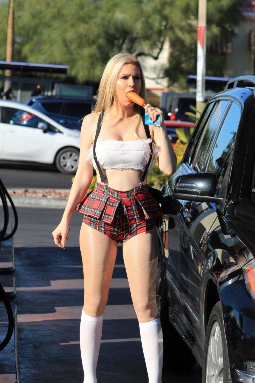 Ana Braga Sexy (21 Hot Photos)