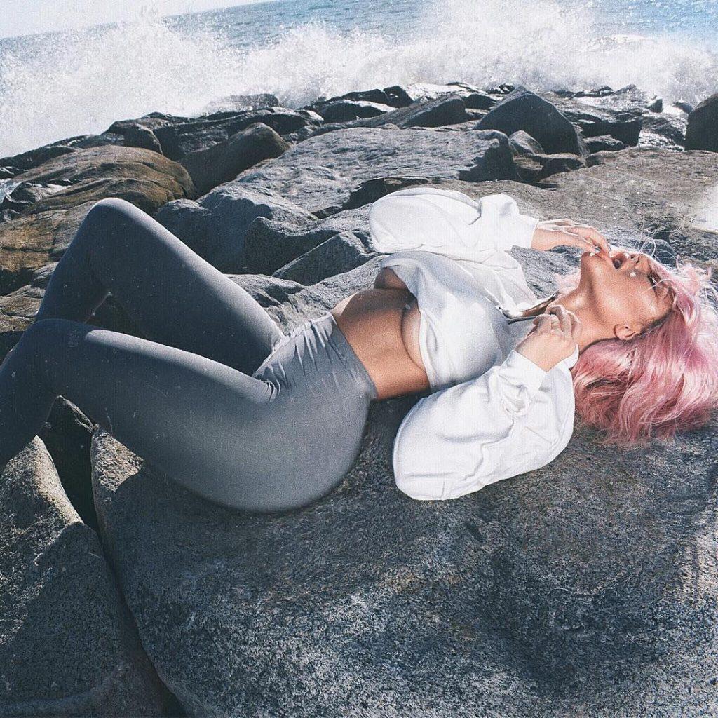 Aubrey O'Day Sexy & Topless (11 Photos)