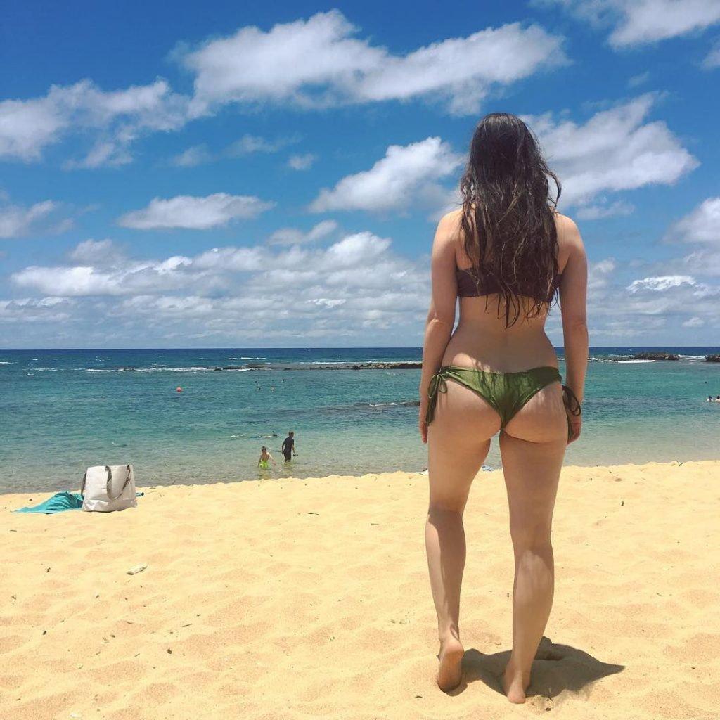 Brittany Curran Sexy (70 Photos)
