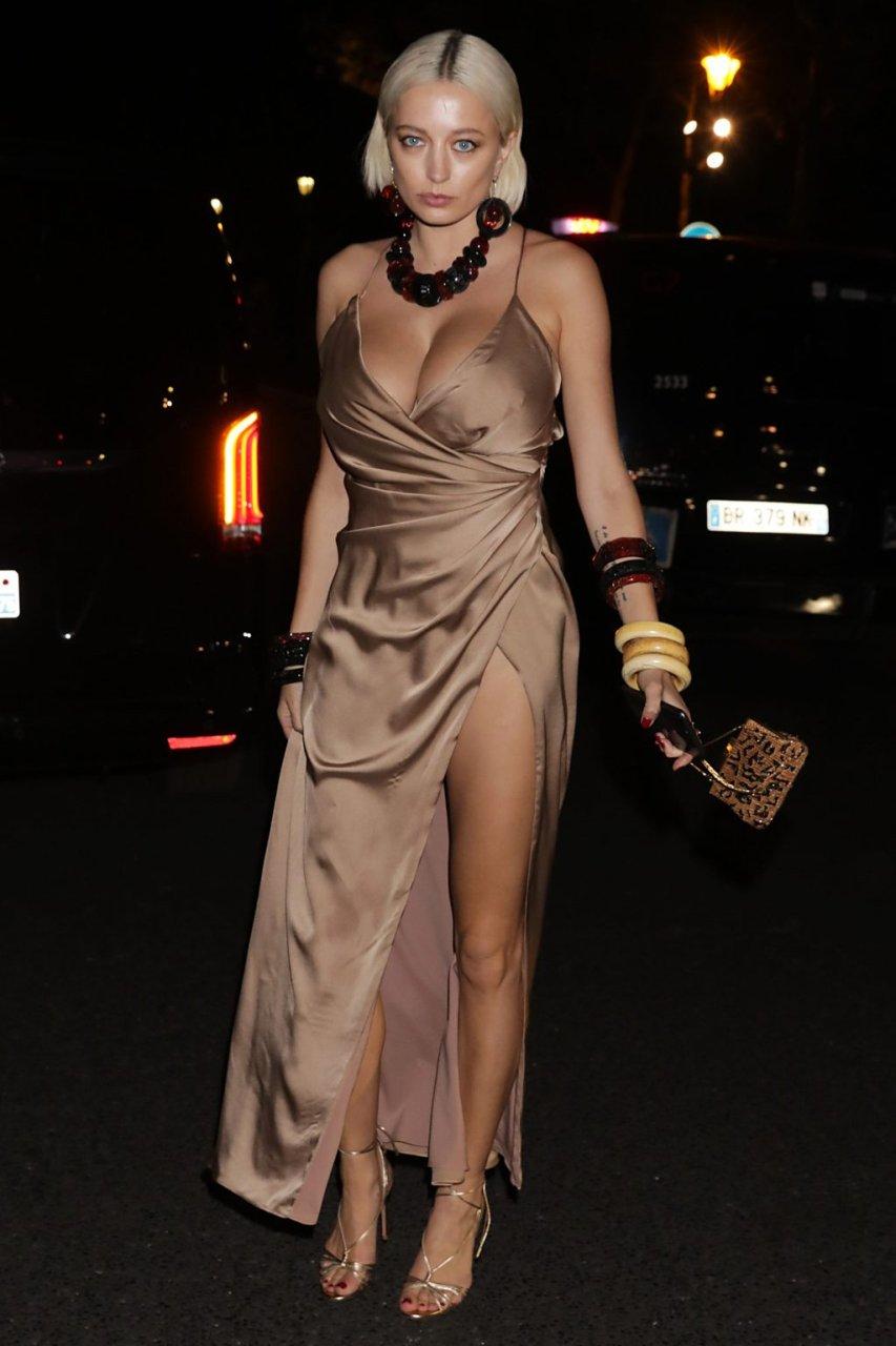 Caroline Vreeland Sexy (7 New Photos)