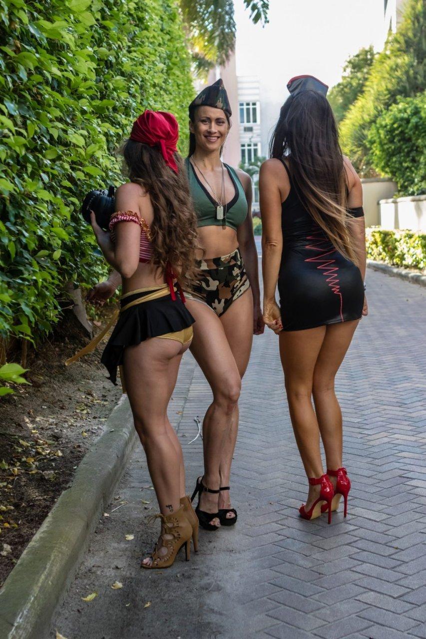 Claudia Romani, Melissa Lori, Anais Zanotti Sexy (43 Photos)