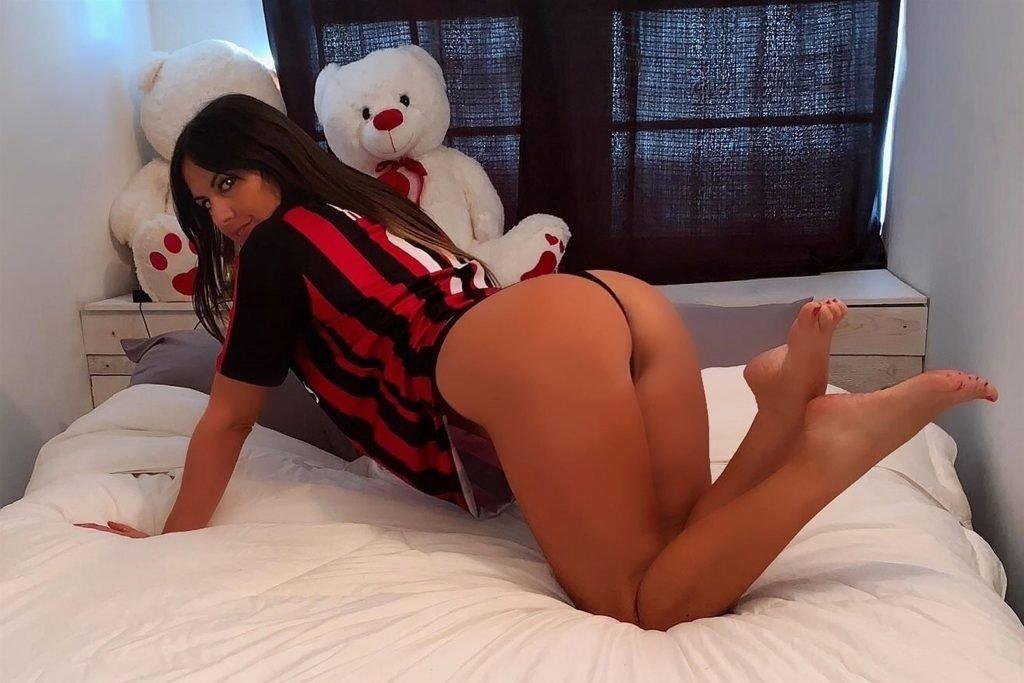 Claudia Romani Sexy (11 Photos)