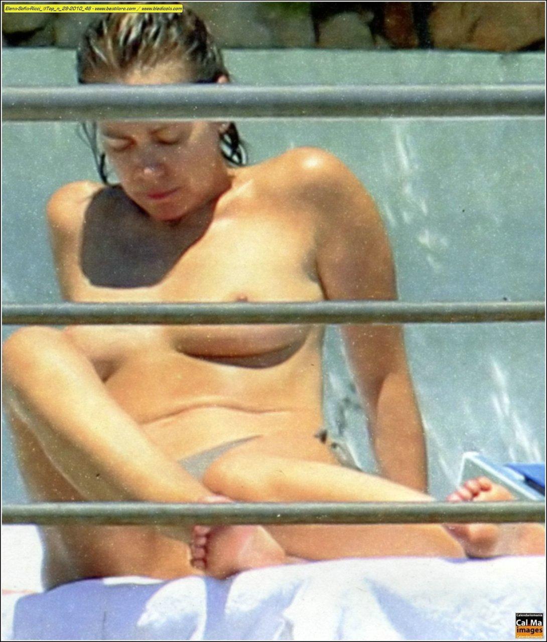 nackt Elena Sofia Ricci Nudity in