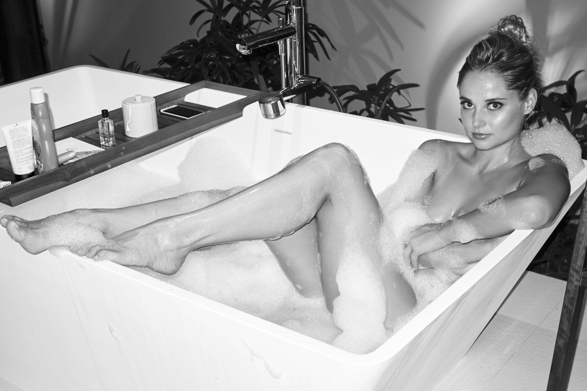Genevieve morton nude, sexy, the fappening, uncensored