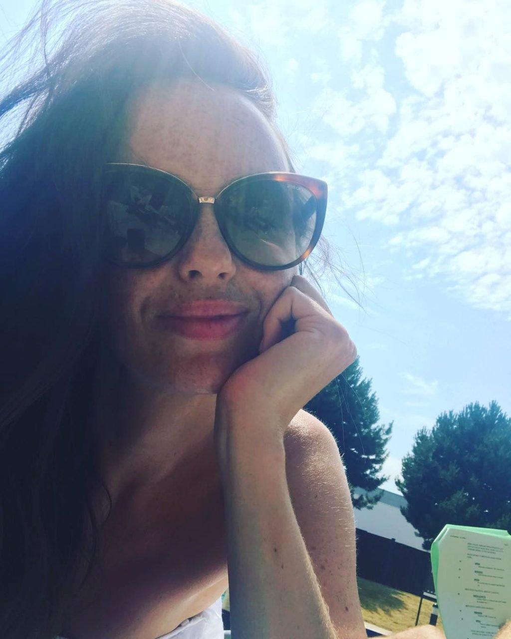 Jennifer Metcalfe Sexy (26 Photos)