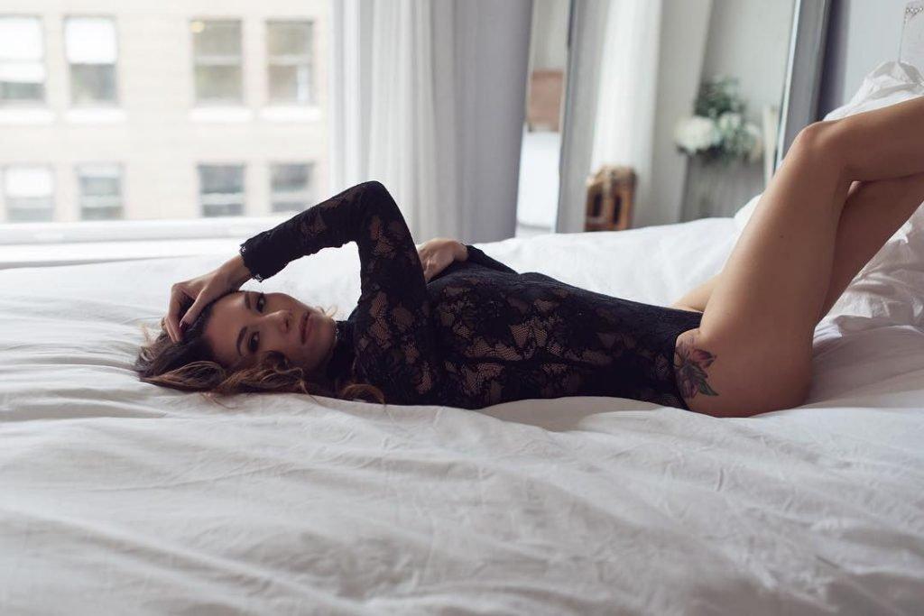 Jewel Staite Sexy (5 Photos)