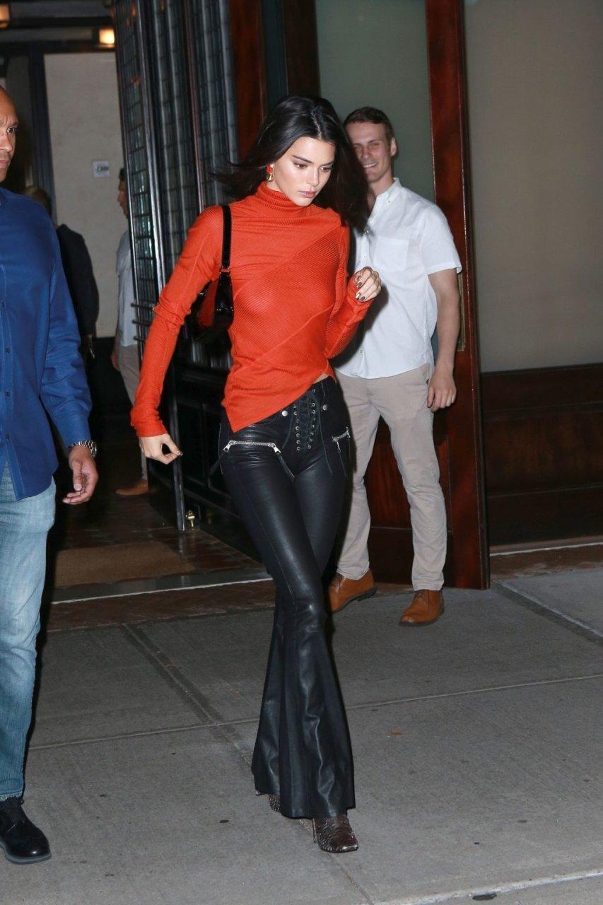 Kendall Jenner Sexy (57 Photos)
