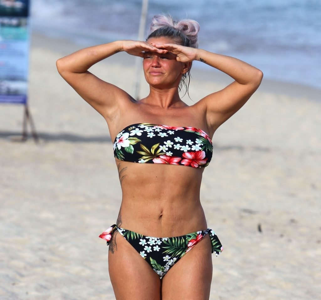 Kerry Katona Hot (28 Photos)