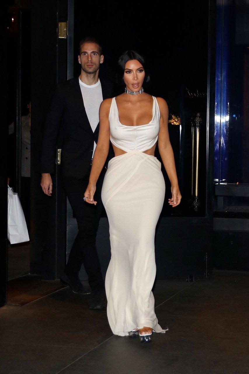 Kim-Kardashian-Sexy-TheFappeningBlog.com-19.jpg