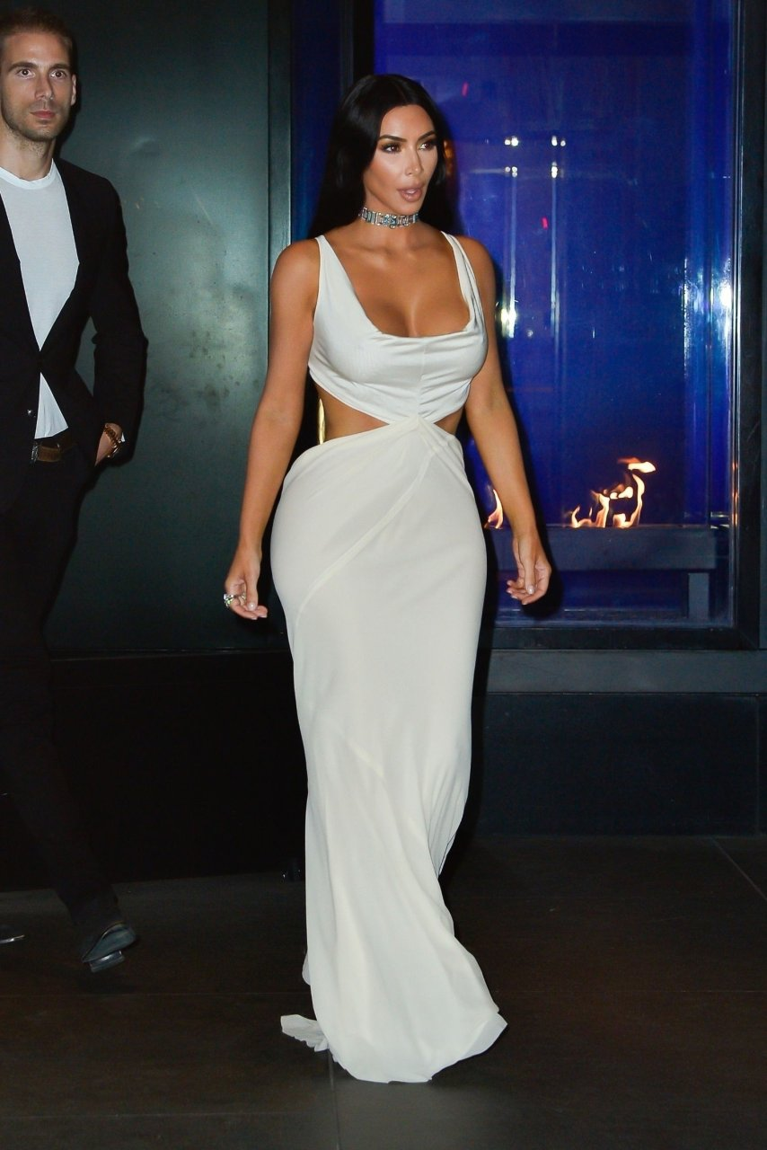 Kim-Kardashian-Sexy-TheFappeningBlog.com-2.jpg