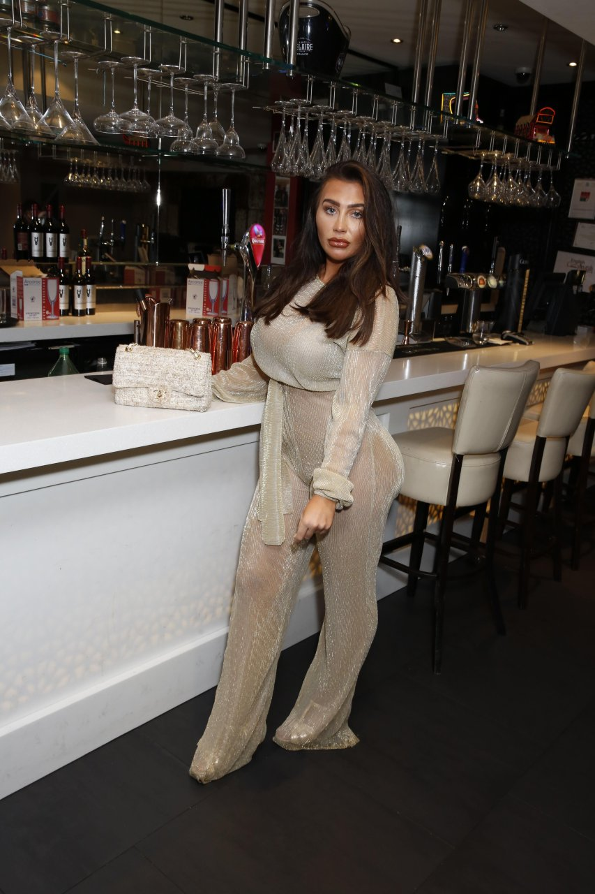 Lauren-Goodger-See-Through-TheFappeningBlog.com-2.jpg