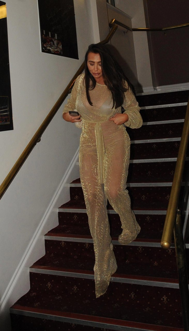 Lauren-Goodger-See-Through-TheFappeningBlog.com-3.jpg