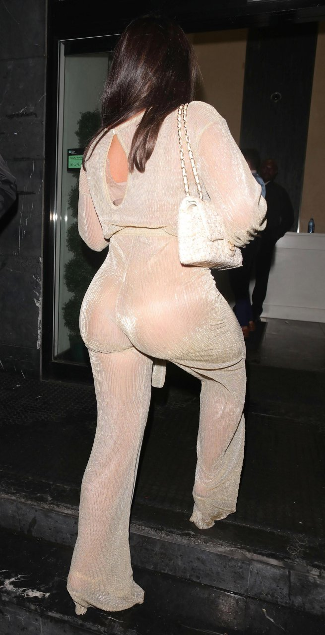 Lauren-Goodger-See-Through-TheFappeningBlog.com-4.jpg