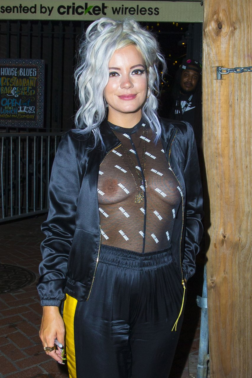 Lily-Allen-See-Through-TheFappeningBlog.com-1.jpg
