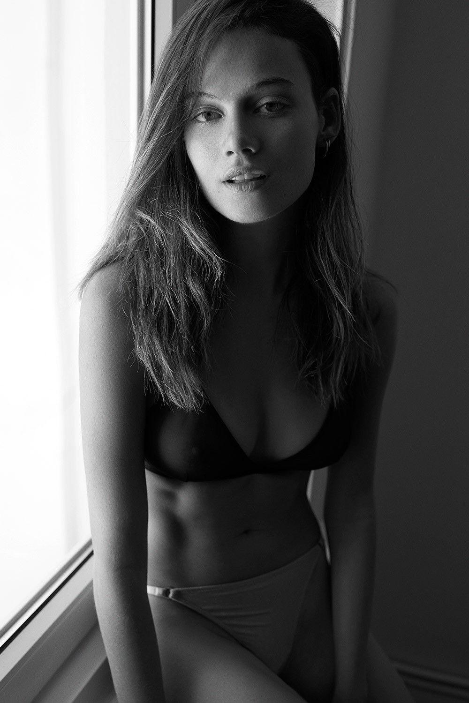 Matilda Price See Through & Sexy (13 Photos)
