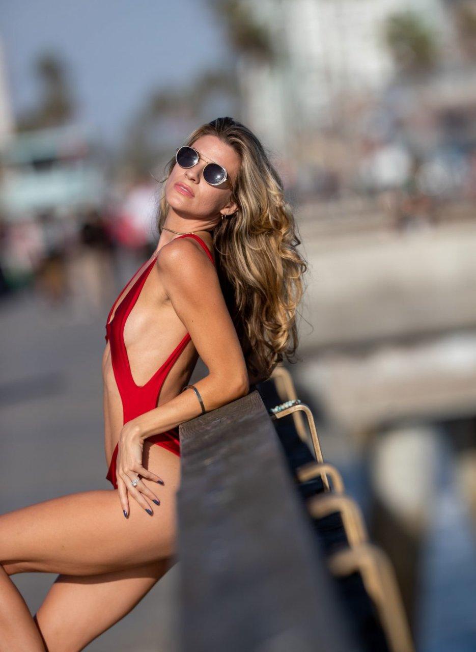 Rachel McCord Sexy (18 New Photos)