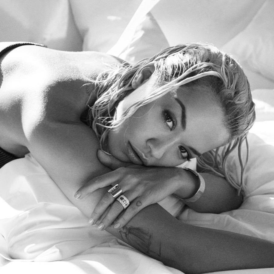 Rita Ora (6 Sexy Pics)